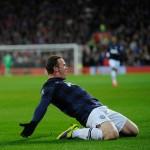 Rooney-celebrates-v-Cardiff_3041102