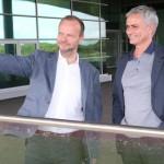 Ed-Woodward-Jose-Mourinho-519910.jpg